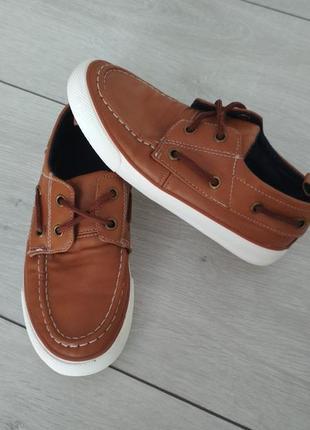 Туфли макасіни