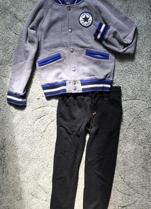 Бомбер и спортивные штаны