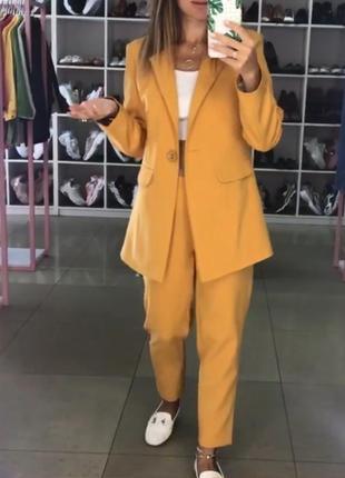 Брючный костюм. костюм на осень/весну пиджак и брюки. xs-m