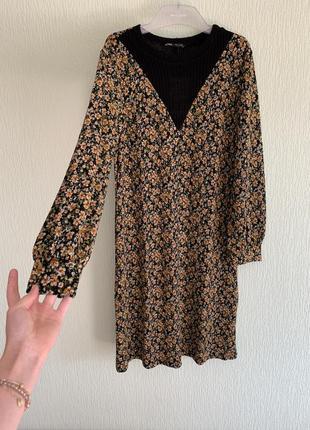 Новое платье с цветочным принтом zara