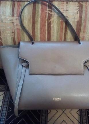 Продаю новую красивую и очень стильную сумку сeline