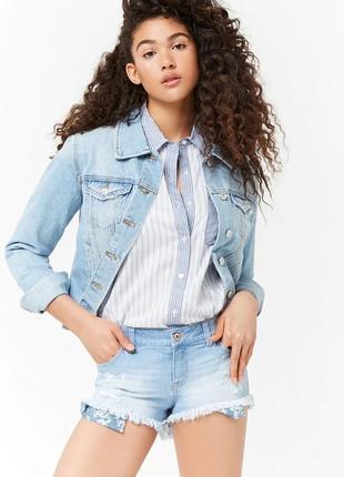 Forever 21. товар из англии. джинсовые шорты с бахромой и порезами.