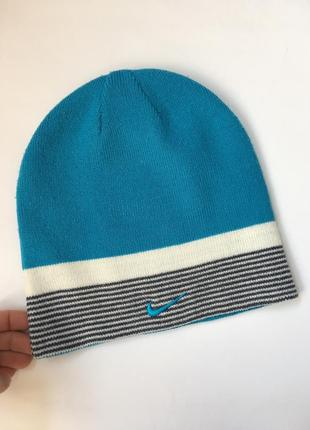 Оригинальная шапка ,двухсторонняя