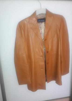 Кожаная куртка женская кожаный пиджак актуальний