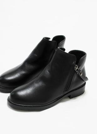 Женские черные демисезонные ботинки (полуботинки, сапоги)