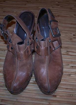 Стильный туфли-сабо метал каблук 100%кожа португалия