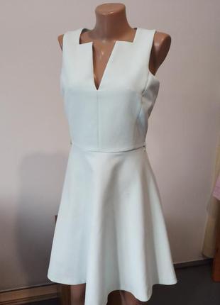 Ніжно блакитне плаття сукня