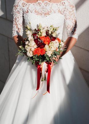 В наличии свадебное осеннее платье/весільна сукня berta, берта + фата и кольца в подарок