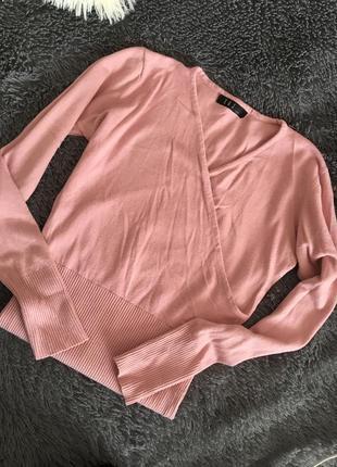 Пудровый свитерок на запах в рубчик от  x&j