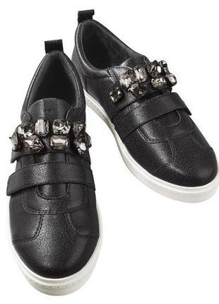 Мокасины слипоны туфли с камнями