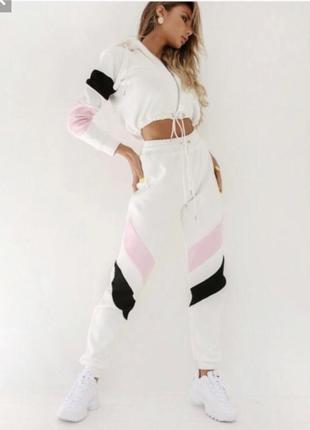 Продам крутой белый, розовый спортивный костюм женский