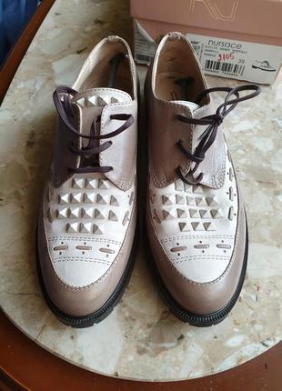 Женские туфли  из высококачественной кожи 39 размер