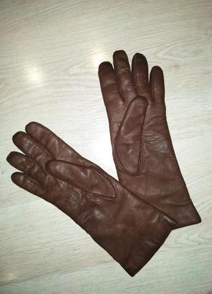 Шикарные кожаные перчатки.