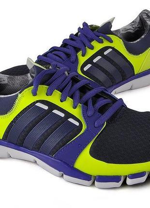Тренеровочные кроссовки