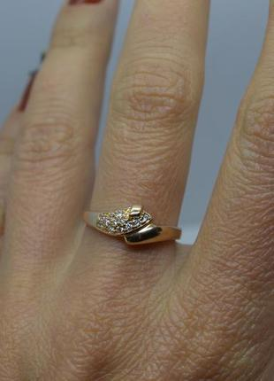Золотое #кольцо #каблучка #обручка #камни #золота_каблучка #585 17р-р3 фото