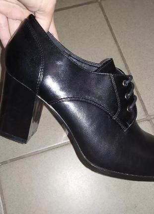 Ботинки туфли полуботинки женские осень каблук