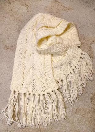 Вязаный шарф, в который можно завернуться