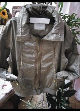 Куртка ветровка р 48