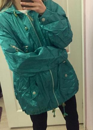 Яркая куртка, ветровка, неон, оверсайз, дождевик изумруд, блестящая