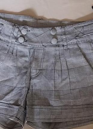 Женские шорты осенние