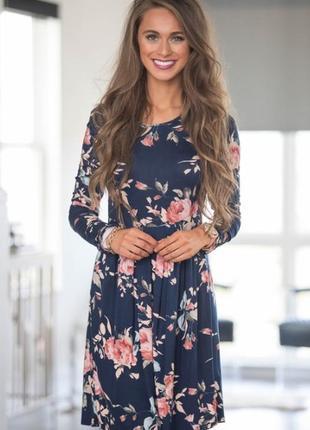 Брендовое нарядное миди платье на молнии румыния принт синие цветы