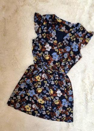 Стильное платье на запах в цветочный принт new look