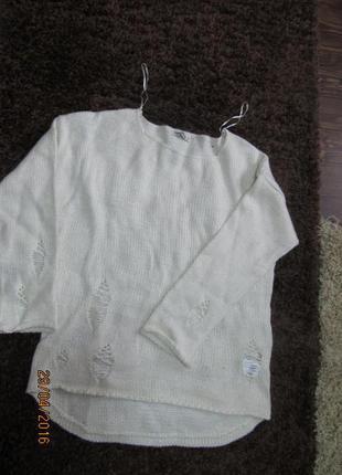 Новый стильный свитер zara