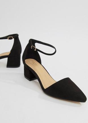 Туфли лодочки на низком блочном каблуке с острым носом асос asos2 фото