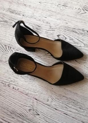 Туфли лодочки на низком блочном каблуке с острым носом асос asos4 фото