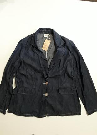 Фирменный джинсовый пиджак жакет