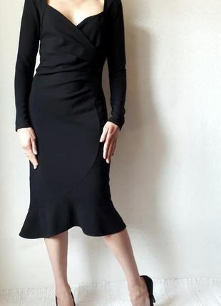 Элегантное платье от lipsy
