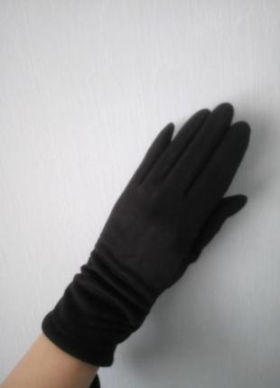 Замшевые утепленные перчатки с драпировкой1 фото