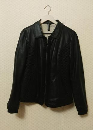 Черная курточка на меху