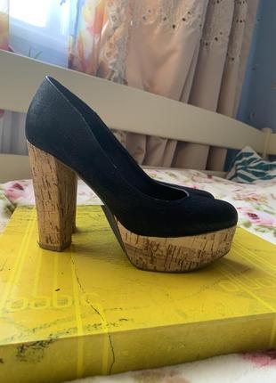 Крутые туфли 37 размер