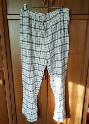 Теплые домашние брюки размера 52.
