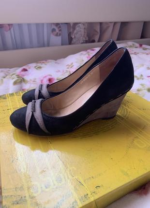 Нубуковые туфли 36 размер