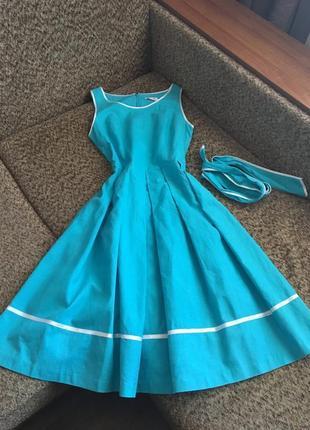 Платье с пышной юбкой orsay