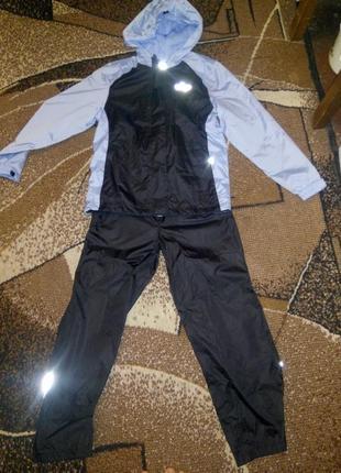Спортивний костюм на підростка crivit