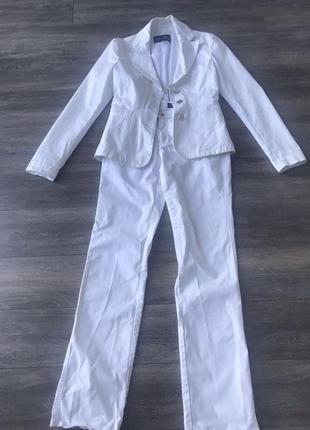 Шикарный белоснежный костюм armani jeans оригинал