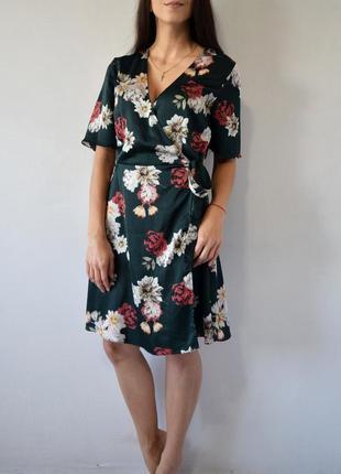 Брендовое платье  new look