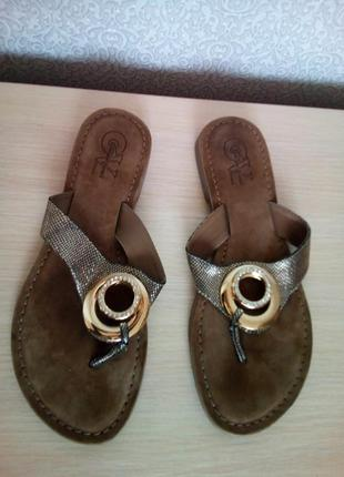 Кожаные брендовые вьетнамки giorgio venuti