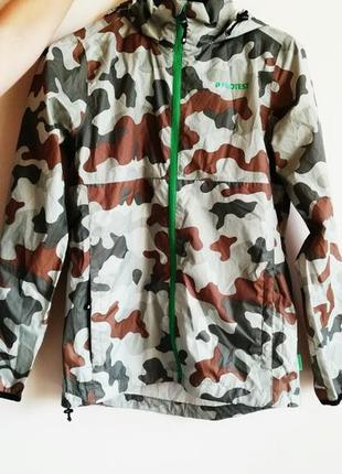 Женская мужская унисекс курточка ветровка водонепроницаемая камуфляж protest размер s m