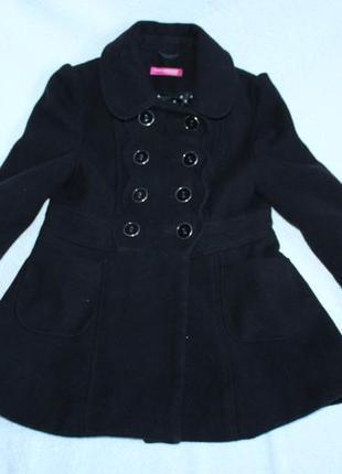 Красивое пальто для девочки.