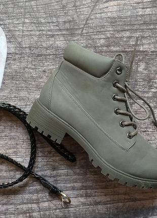 Стильные демисезонные ботинки primark, хаки, eur 38, us 72 фото