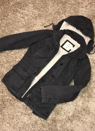 Стильная серая демисезонная куртка, парка на овчине h&m, p.s/m