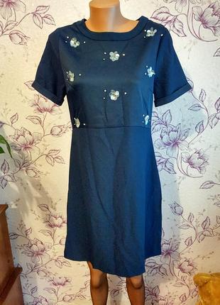 Платье с декором плаття uttam london