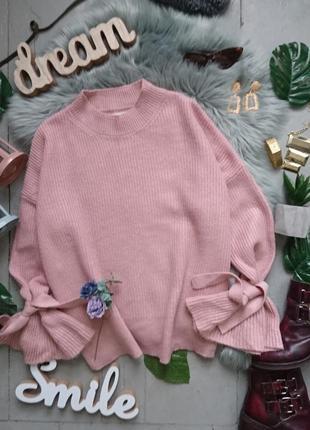 Актуальный мягкий нежный свитер расклешенными рукавами и завязками #14