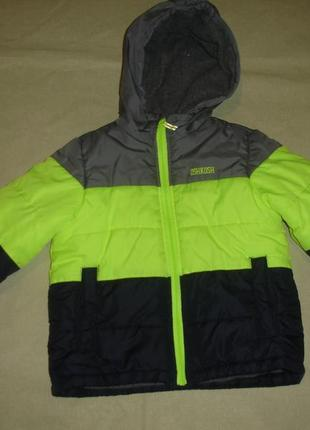 Фирменная oshkpsh деми куртка еврозима мальчику 4-5 лет