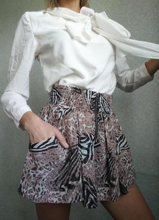 Шикарная юбка карманы