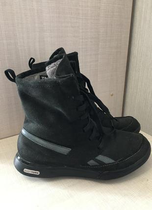 Спортивные зимние ботинки reebok
